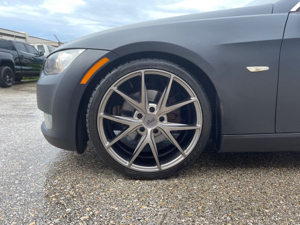 Left Front Tire (Tire Gauged)